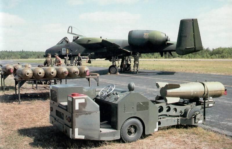 Пушка для самолета, или самолет для пушки? штурмовик a-10 thunderbolt ii