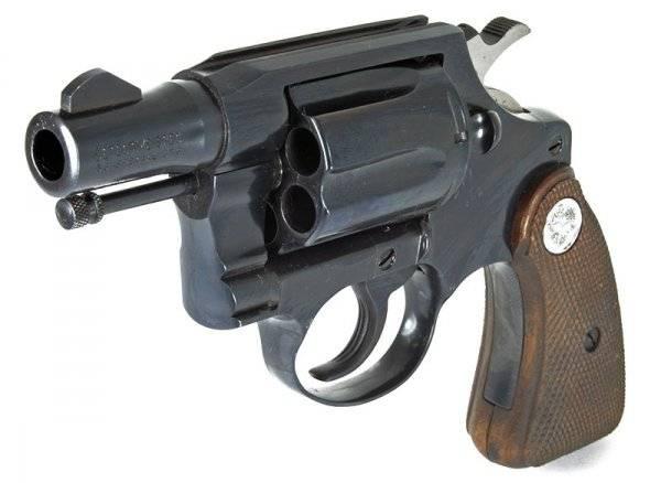 Первые револьверы кольта. colt detective special - револьвер в стиле нуар кольт миротворец 45 калибра