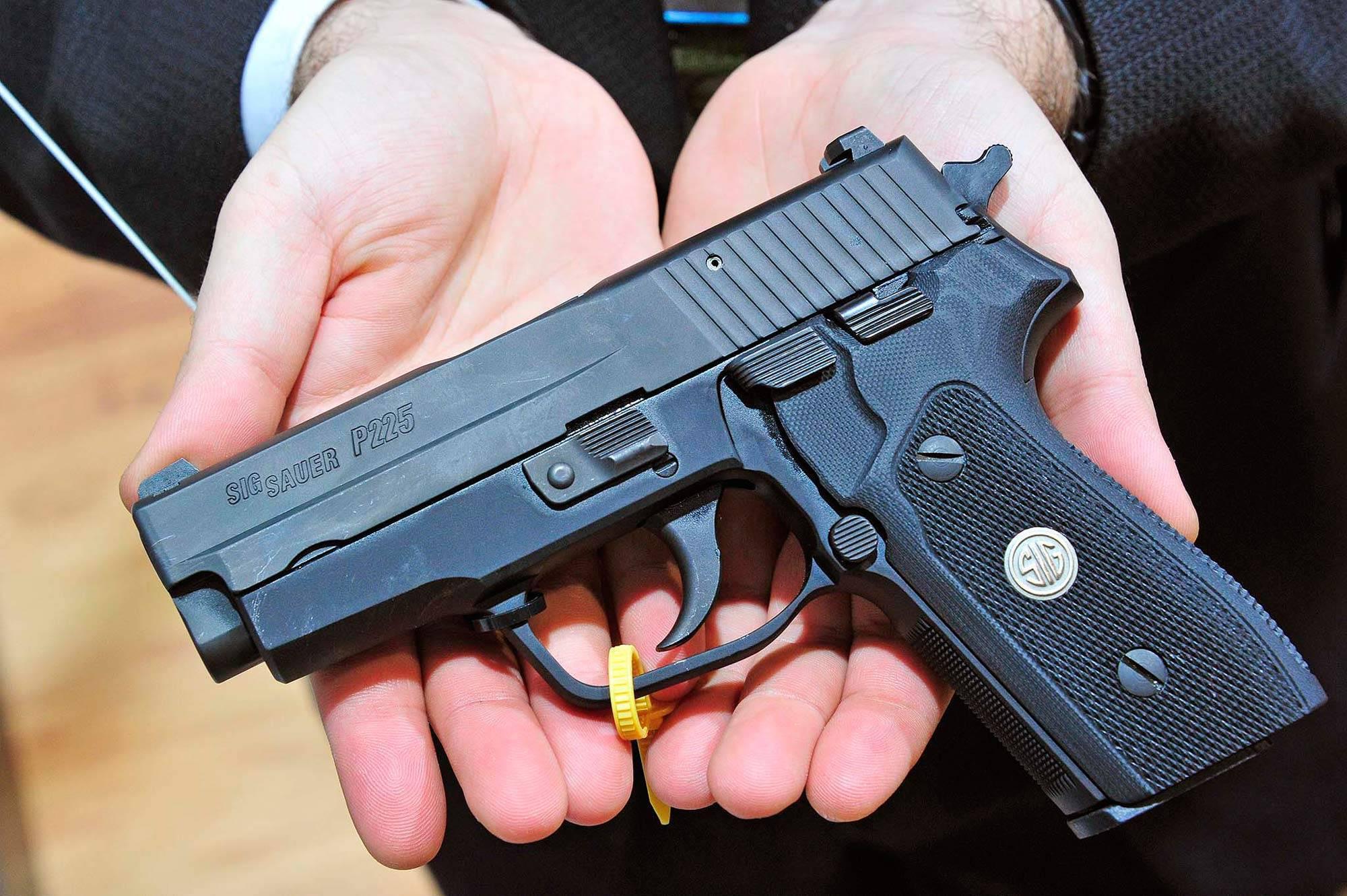 Пистолет Sig Sauer P225-A1