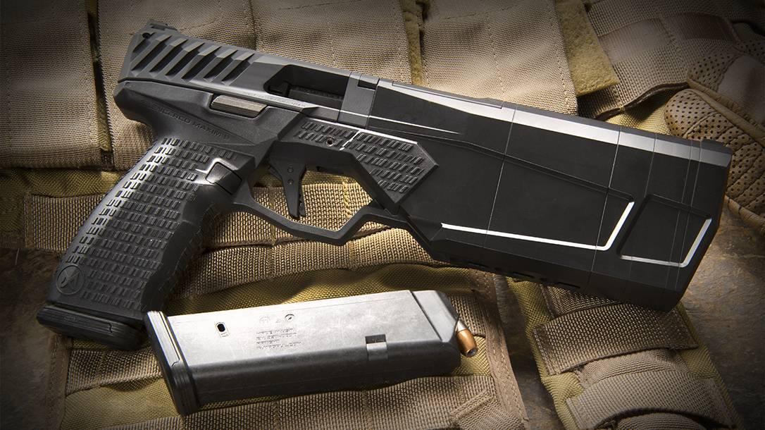 Maxim 9-пистолет со встроенным глушителем.
