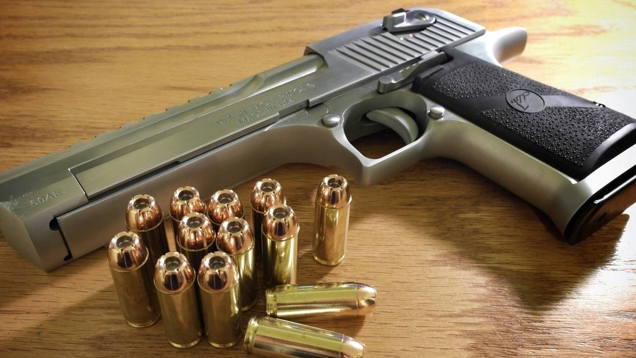 Как выглядит десерт игл. desert eagle – самый мощный пистолет в истории оружия
