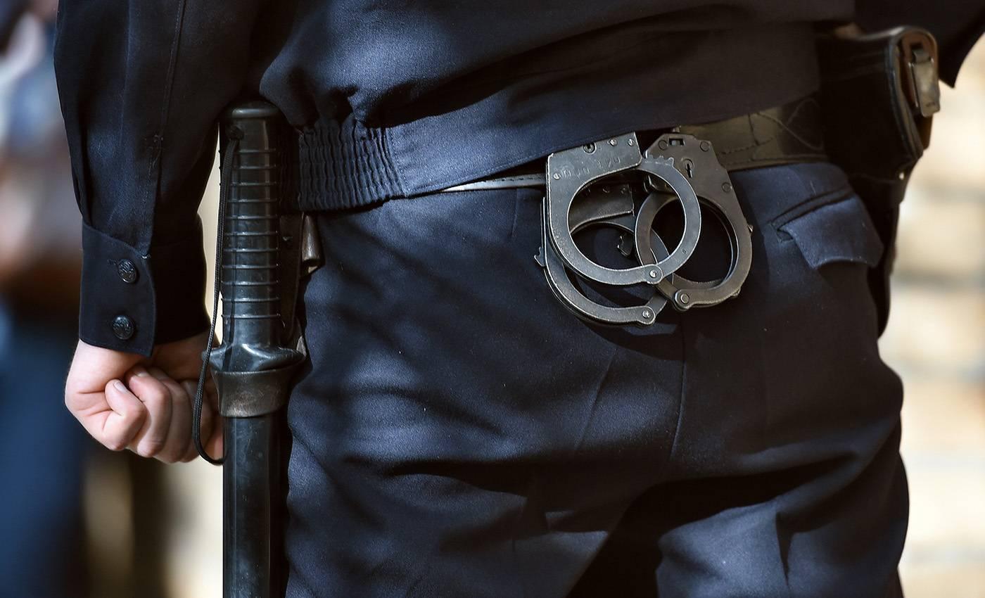 Как выглядит наручники. наручники: пассивные спецсредства на страже порядка
