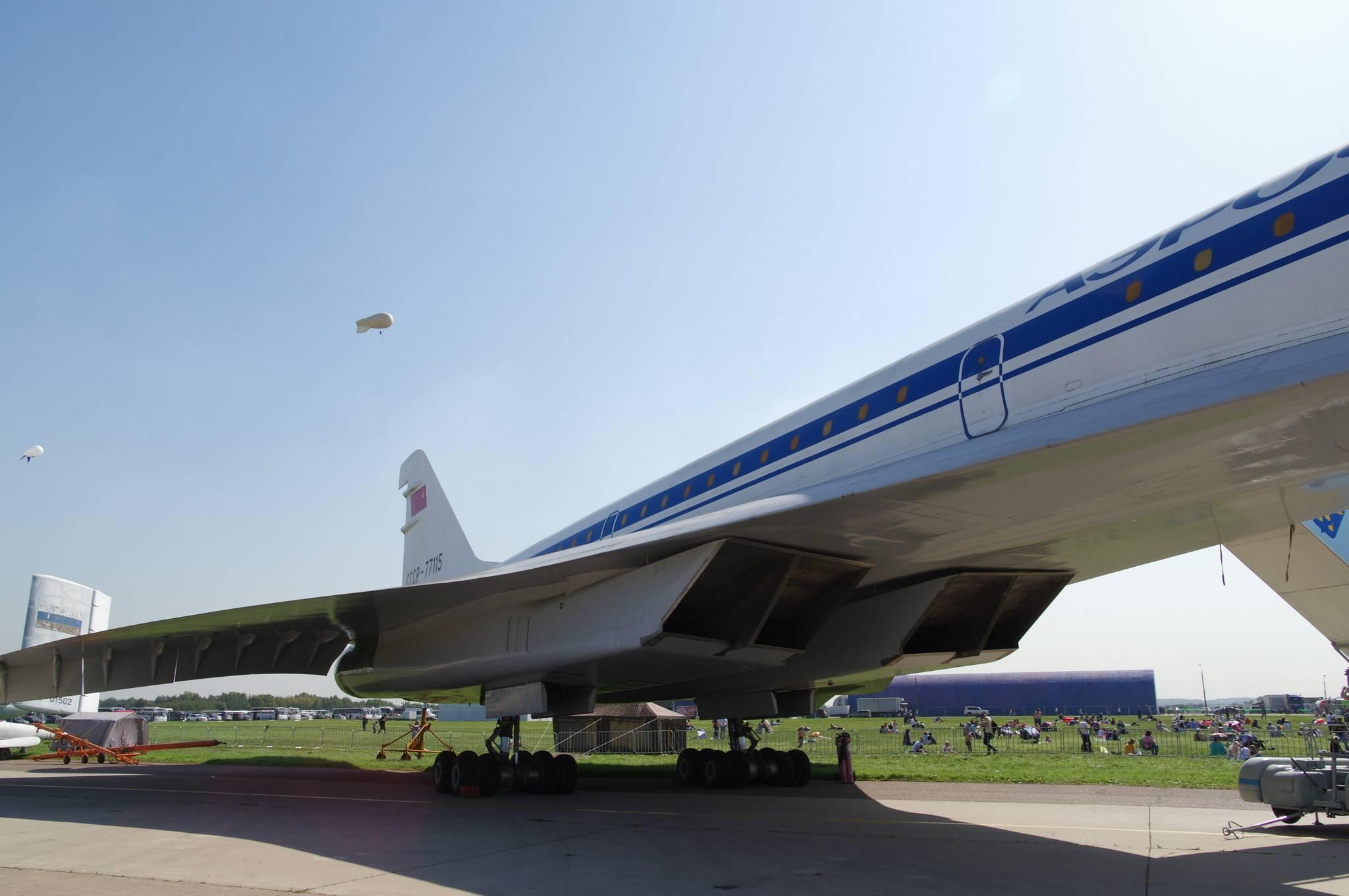 Самолет ту-144 опередил свое время, но стал ненужным
