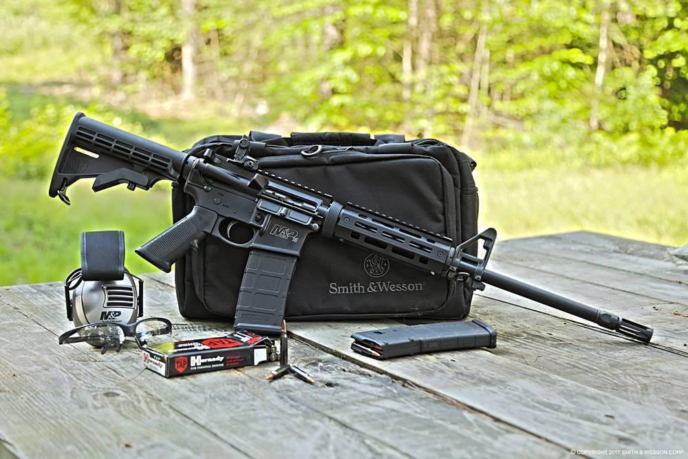 Самозарядный карабин Smith & Wesson M&P15