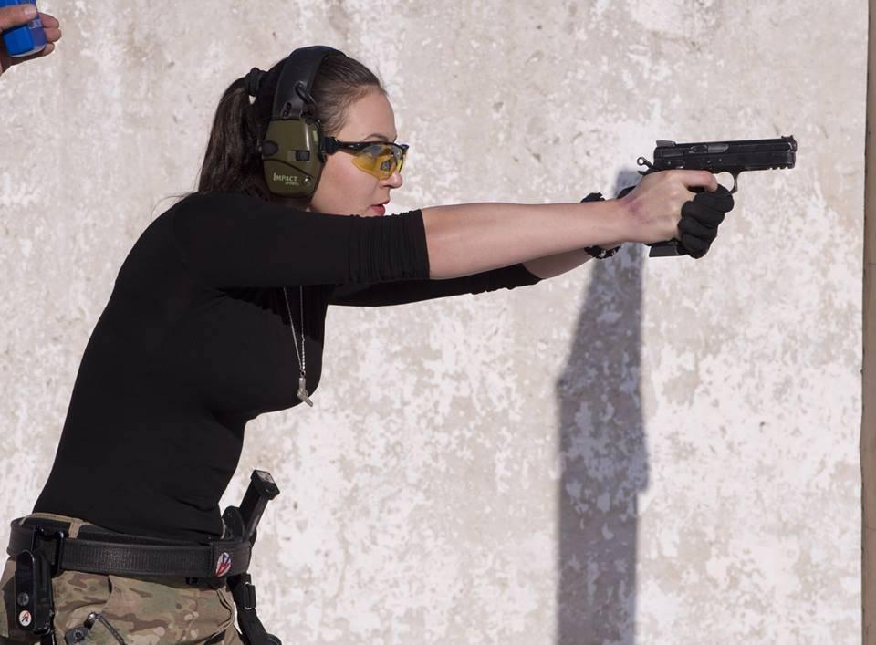 Неповторяемость мишенных обстановок - характерное отличие практической стрельбы. практическая стрельба и ее отличия от других видов