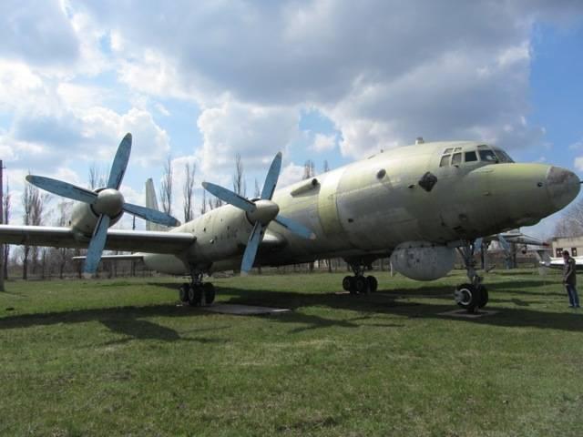 История создания и характеристики учебно-боевого самолета л-39