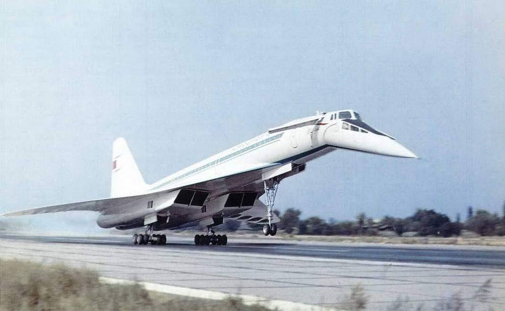 Туполев ту-244. фото. история. характеристики.