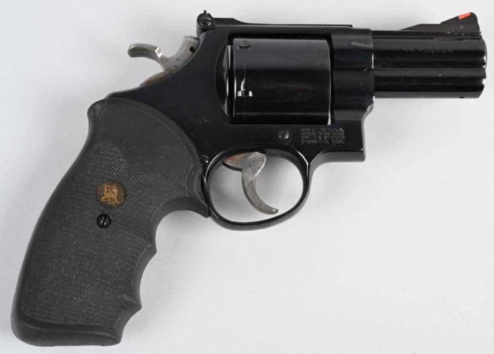 Револьвер Smith & Wesson Model 29