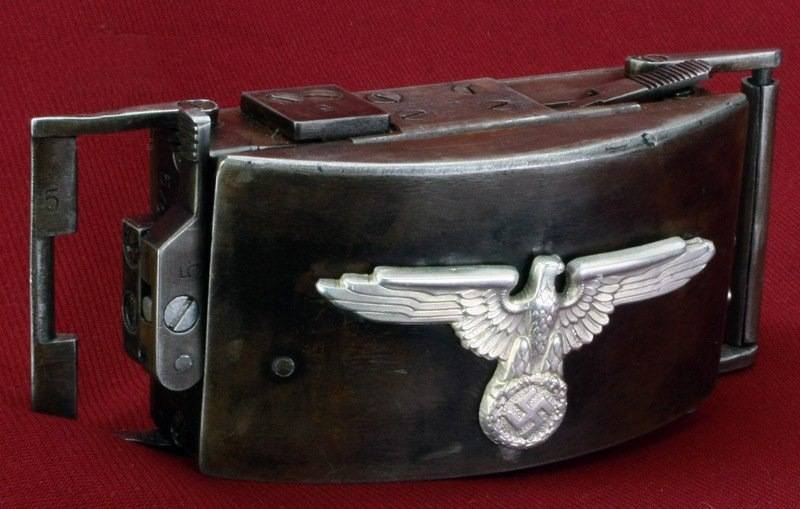 Стреляющая пряжка на ремне: уникальное оружие самообороны третьего рейха