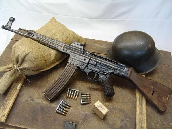 Штурмовая винтовка sturmgewehr (stg.44). немецкая штурмовая винтовка штурмгевер: описание, ттх схема немецкой штурмовой винтовки stg 44