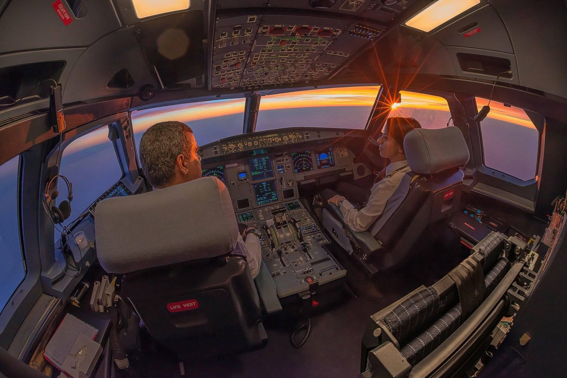 Пассажирский самолет ту-154. досье