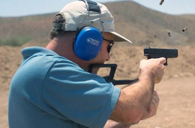 Smith & wesson 4500 pistol series - internet movie firearms database - guns in movies, tv and video games
