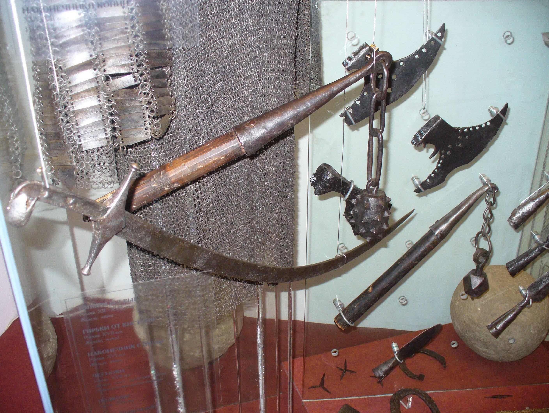 15 образцов самого эффективного средневекового оружия