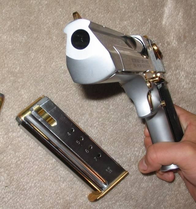 Пистолет «пустынный орел. desert eagle – самый мощный пистолет в истории оружия оружие desert eagle