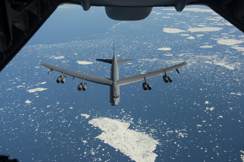 Ягодки опять: почему самолеты холодной войны всё еще в ходу | статьи | известия
