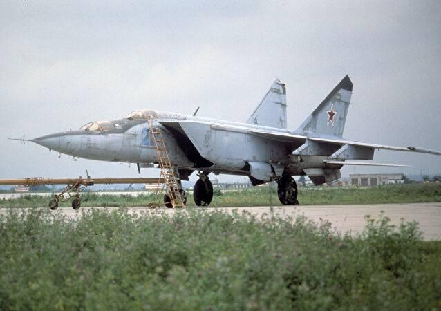 Миг-25п «foxbat-a»