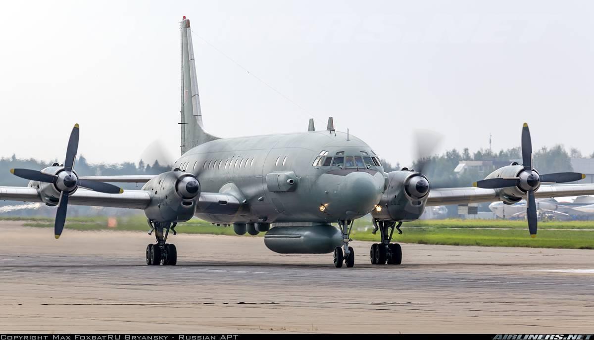 Военные профессии известного авиалайнера
