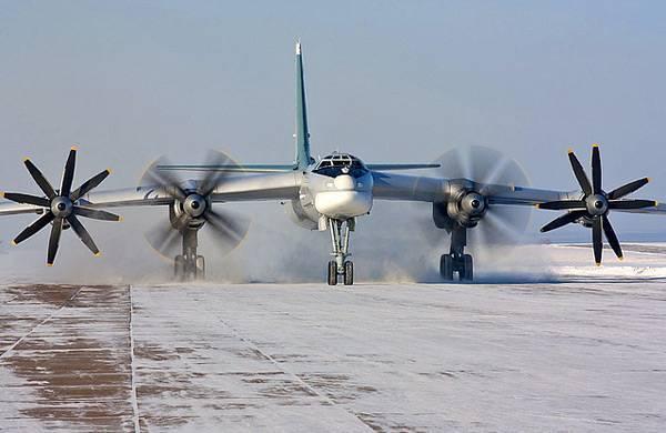 """В небе """"медведи"""": как ту-95 сбивали истребители нато"""
