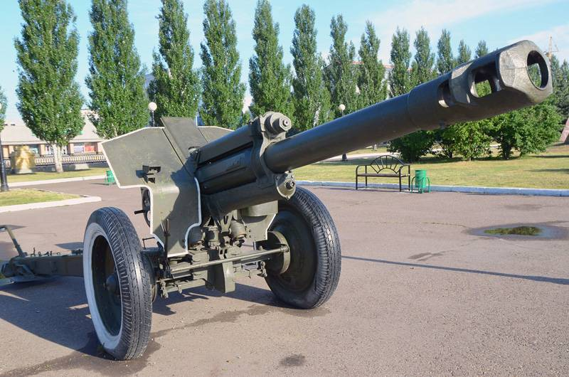 Орудие наступления – советская 152-мм гаубица Д-1 1943 года