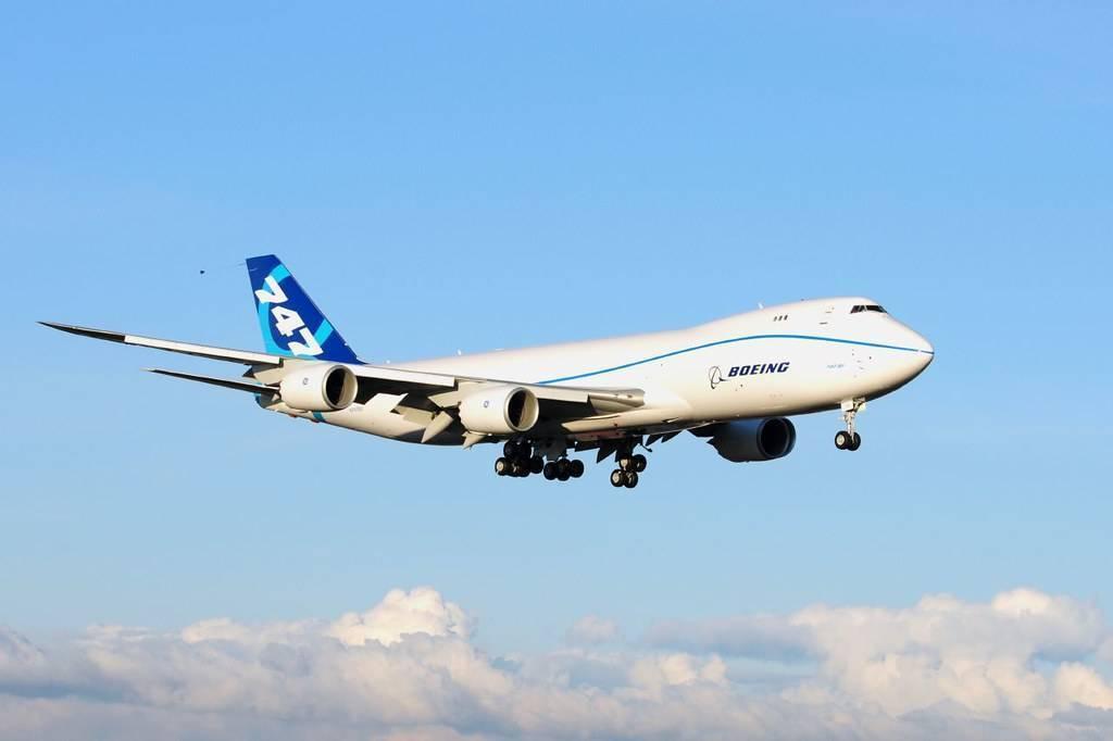 Boeing 747-400: схема салона и лучшие места
