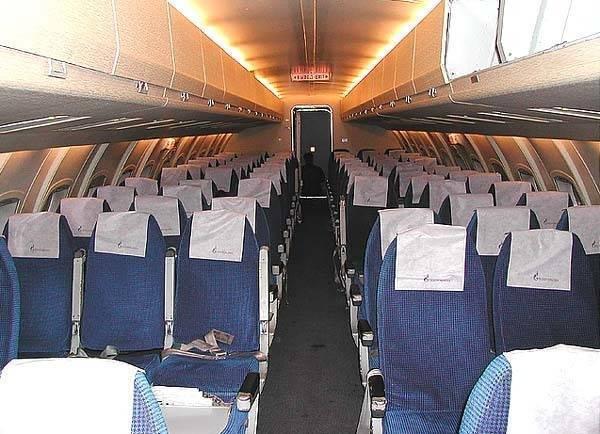 Все о салоне як-40: схема расположения лучших мест в самолете