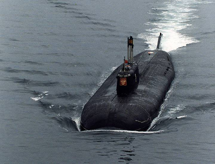 """В россии почтят память подводников, погибших 19 лет назад на атомной подлодке """"курск"""""""