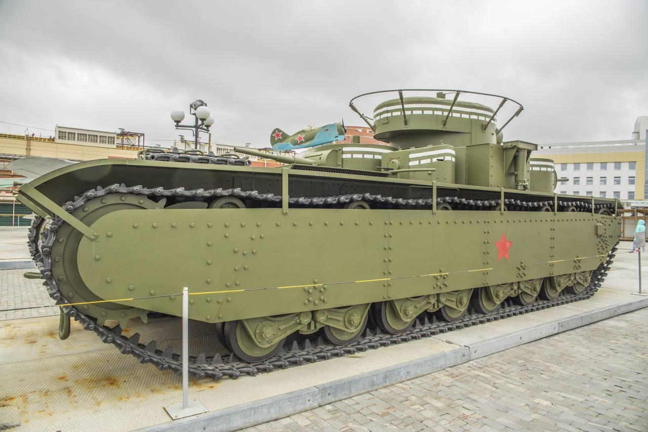 Читать книгу советский тяжелый танк т-35. «сталинский монстр» максима коломийца : онлайн чтение - страница 1