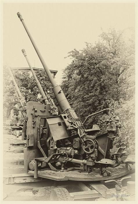 Музей артиллерии, инженерных войск и войск связи. средства пво