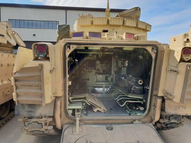 Bradley fighting vehicle - bradley fighting vehicle