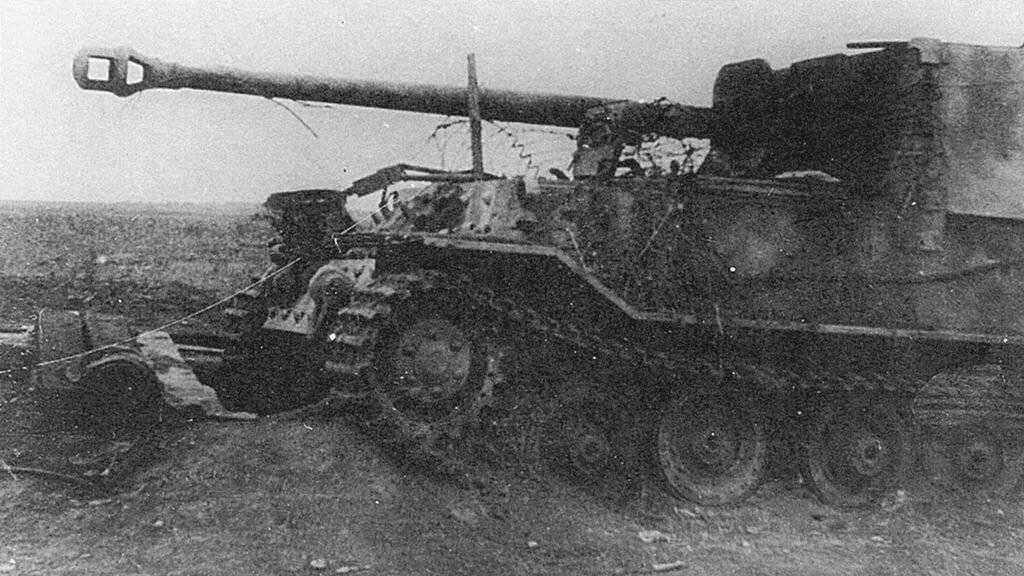 Сау фердинанд – мрачный брат «жука» на службе вермахта, или страшное детище порше. «фердинанд» - тяжёлый танк «тигр» процесс создания и его особенности