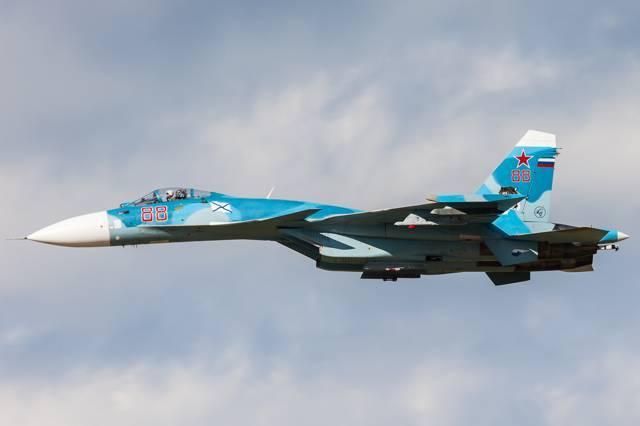 Истребитель су-27куб