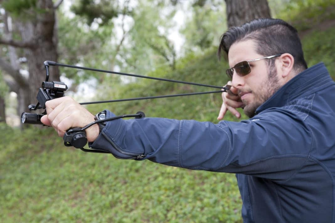 Рогатка для охоты — конструкция, боеприпасы, достоинства и недостатки моделей