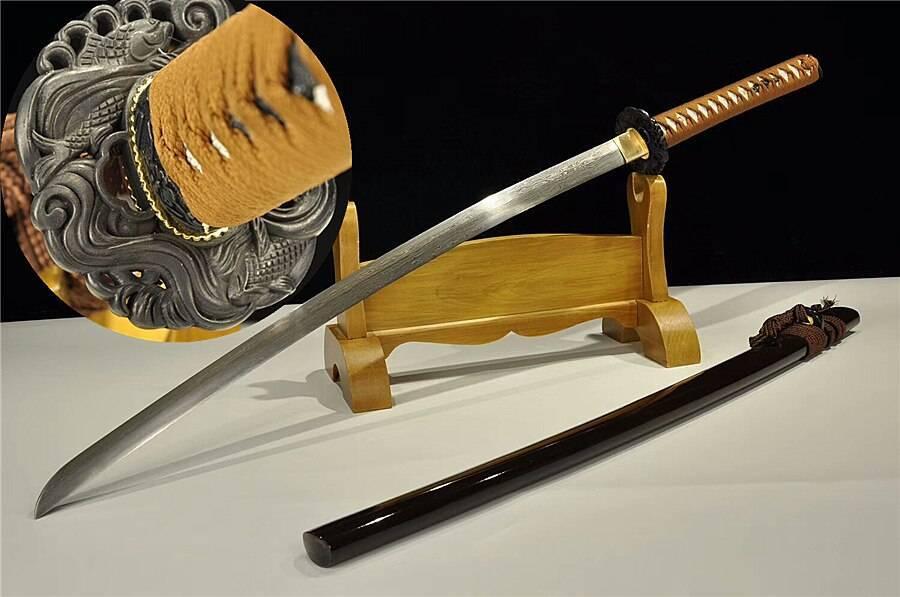 Из чего и как куют мечи