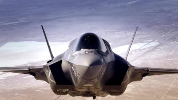Истребители сша пятого поколения f-22 и f-35 – огромная ошибка пентагона