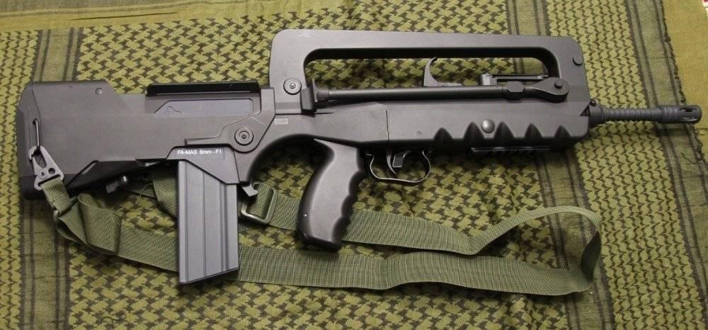 Видео: штурмовая винтовка fa mas в составе французского комплекта индивидуальной экипировки пехотинца felin