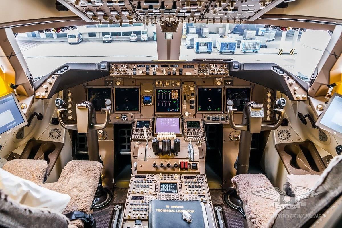 Скорость боинга 747 в полете и другие характеристики