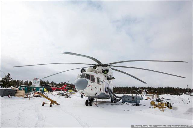 Вертолёт Ми-26 – Рота солдат за один вылет
