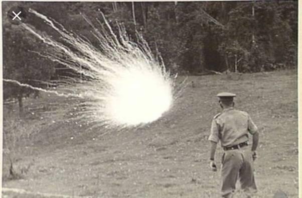 Обычные средства поражения: фугасный, осколочный, кумулятивный снаряд