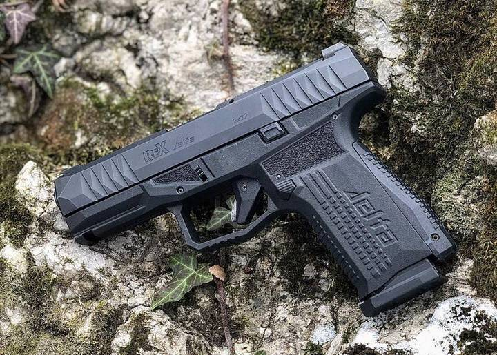 Pistolet arex rex delta 9x19 sklep z bronią - skawiński