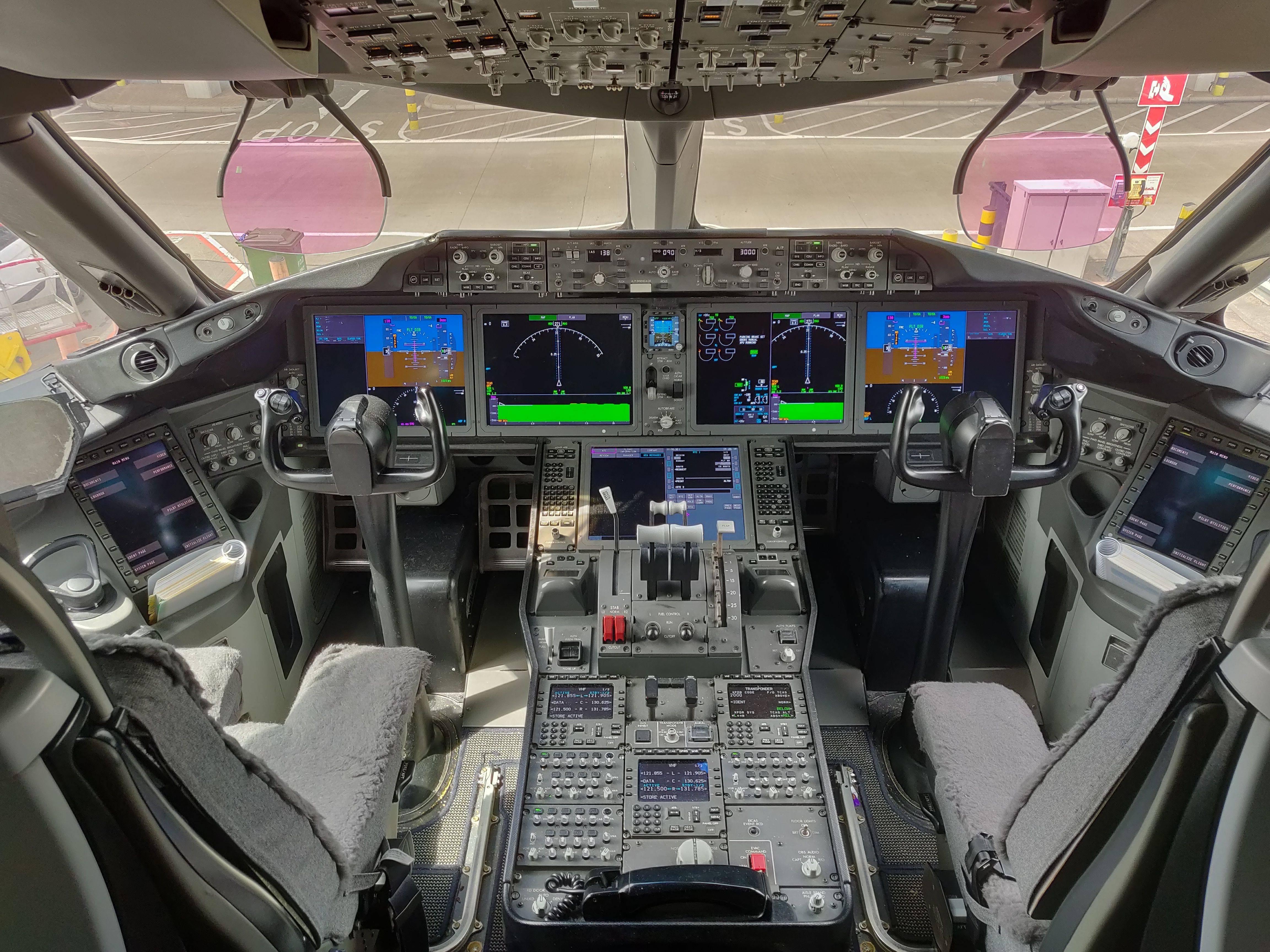Boeing 787 — база знаний