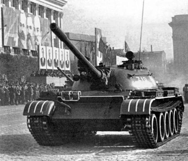 Танк Т-54 – главный советский танк после войны