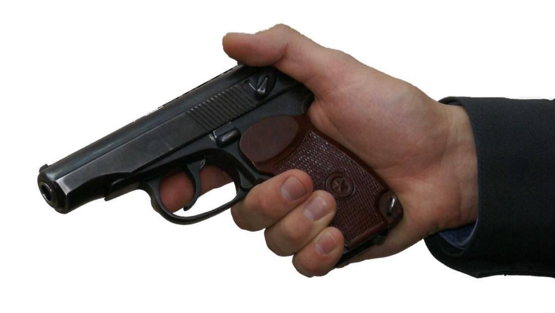 """Техника стрельбы из винтовки в положении """"лежа"""", """"стоя"""", """"с колена""""особенности стрельбы из пистолета"""
