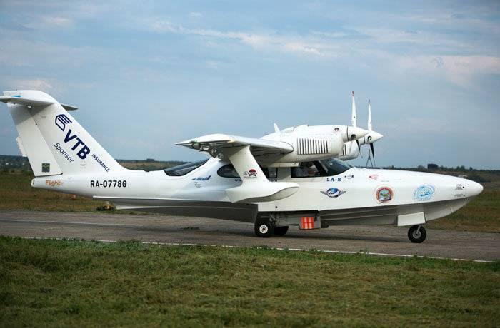 Архивв иране потерпел крушение самолет-амфибия ла-8