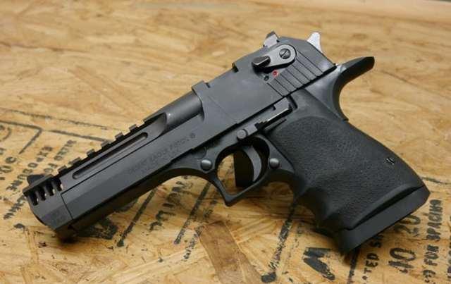 Пистолет орел пустыни ттх. фото. видео. калибр. прицельная дальность. скорострельность. патрон. скорость пули. вес. размеры