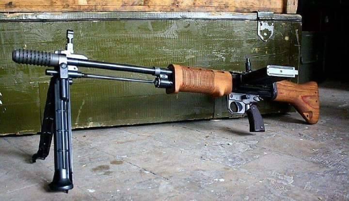Fallschirmjagergewehr FG42