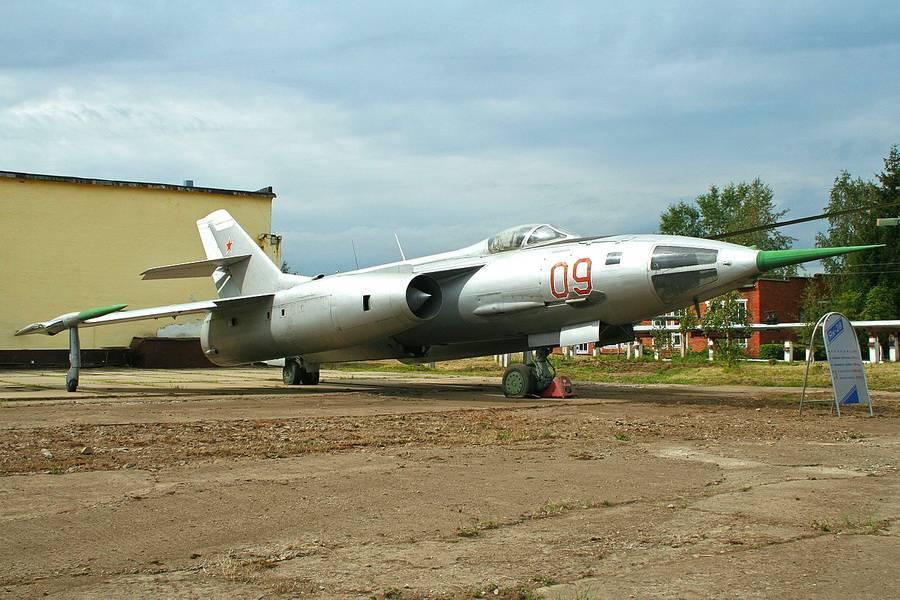 Самолёт Як-28 – первый советский сверхзвуковой «универсал»