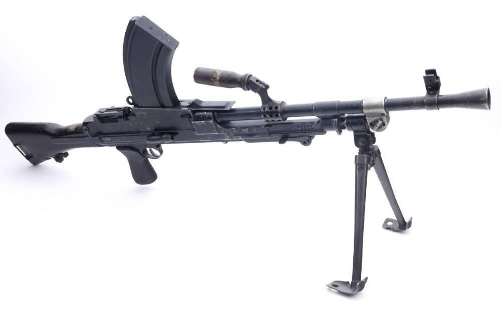 Брен пулемет - bren light machine gun