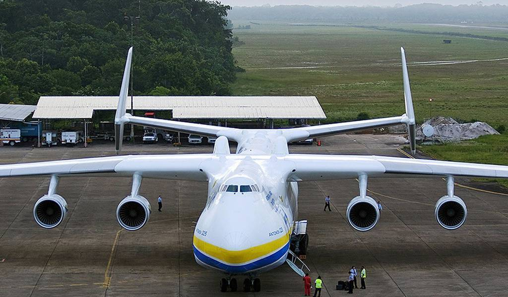 Три самых больших в мире самолёта (34 фото)