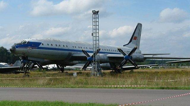 Ту-114 фото. видео. характеристики. двигатель