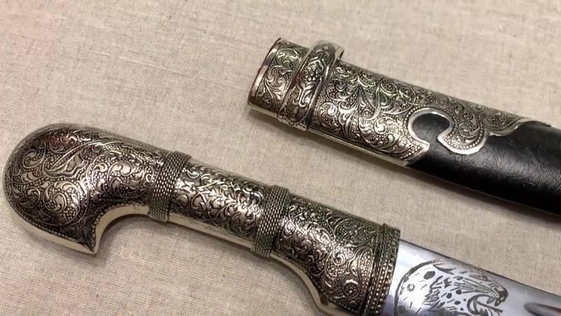 Ятаган – «меч ислама» или оружие янычар…. ятаган: коварный клинок ятаган как тип холодного оружия появился в